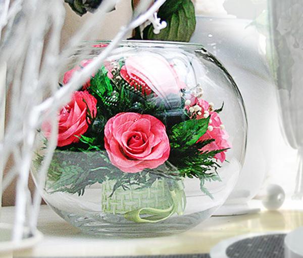 Цветы в стекле лучший подарок